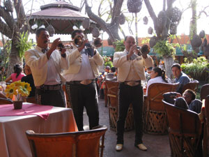 Mariachis in the Parian
